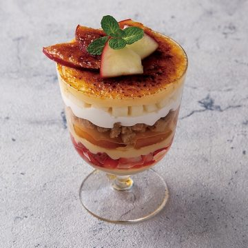 紅玉リンゴとキャラメルのパフェ